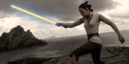maybe-rey-should-get-her-own-lightsaber
